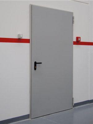 Puerta cortafuegos hoja simple – 60 o 120 minutos de resistencia